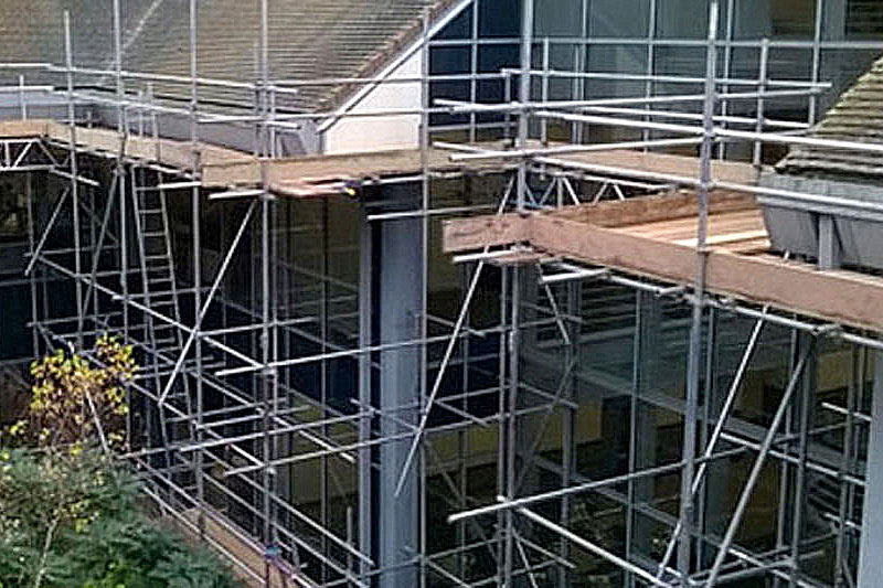 Kingsley Scaffolding 01903 706055<br /><ul><li>Domestic & commercial scaffolding services</li><li>Covering Sussex, Surrey & Hampshire</li></ul>